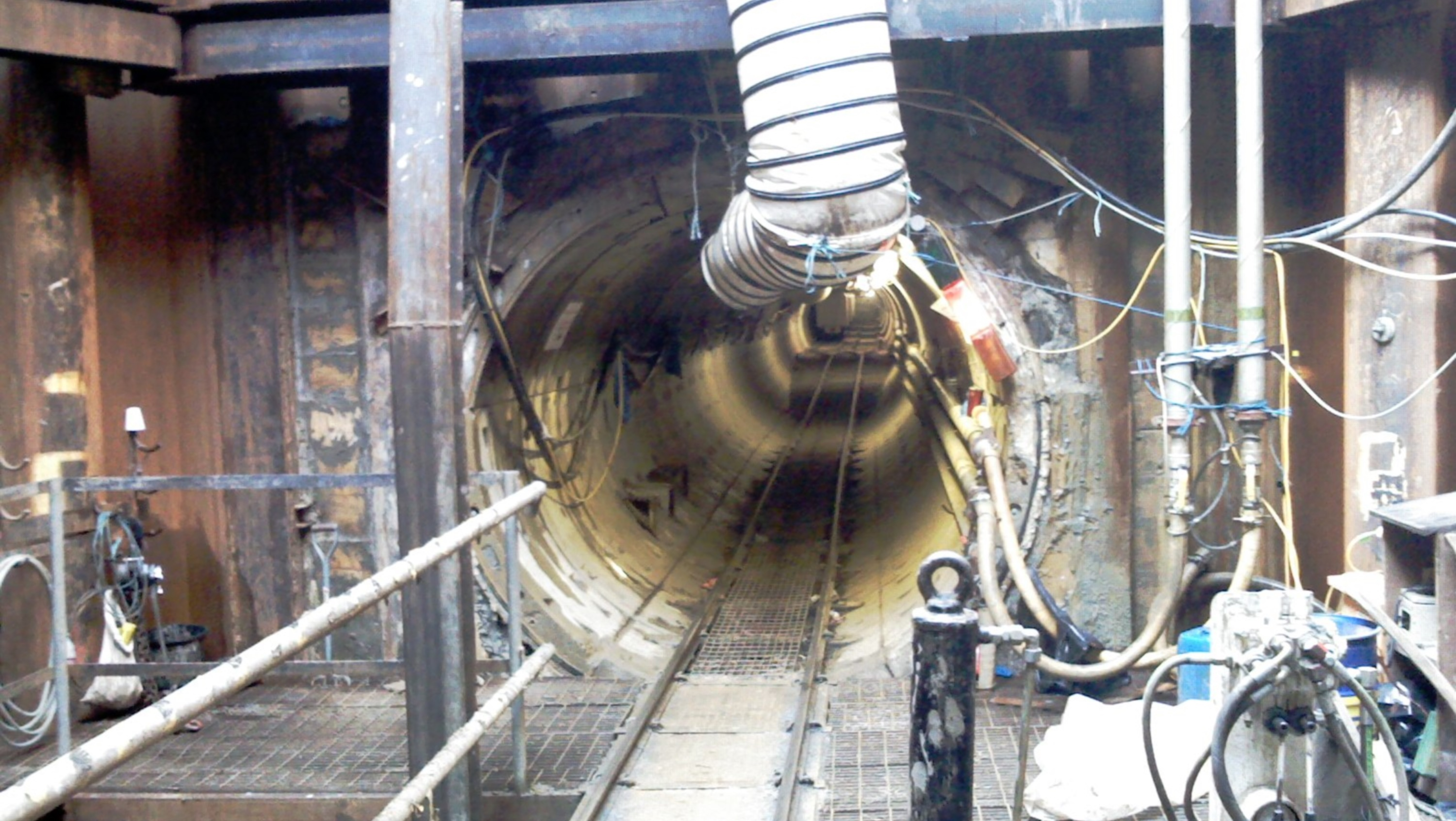 Harefield to southall gas pipeline project