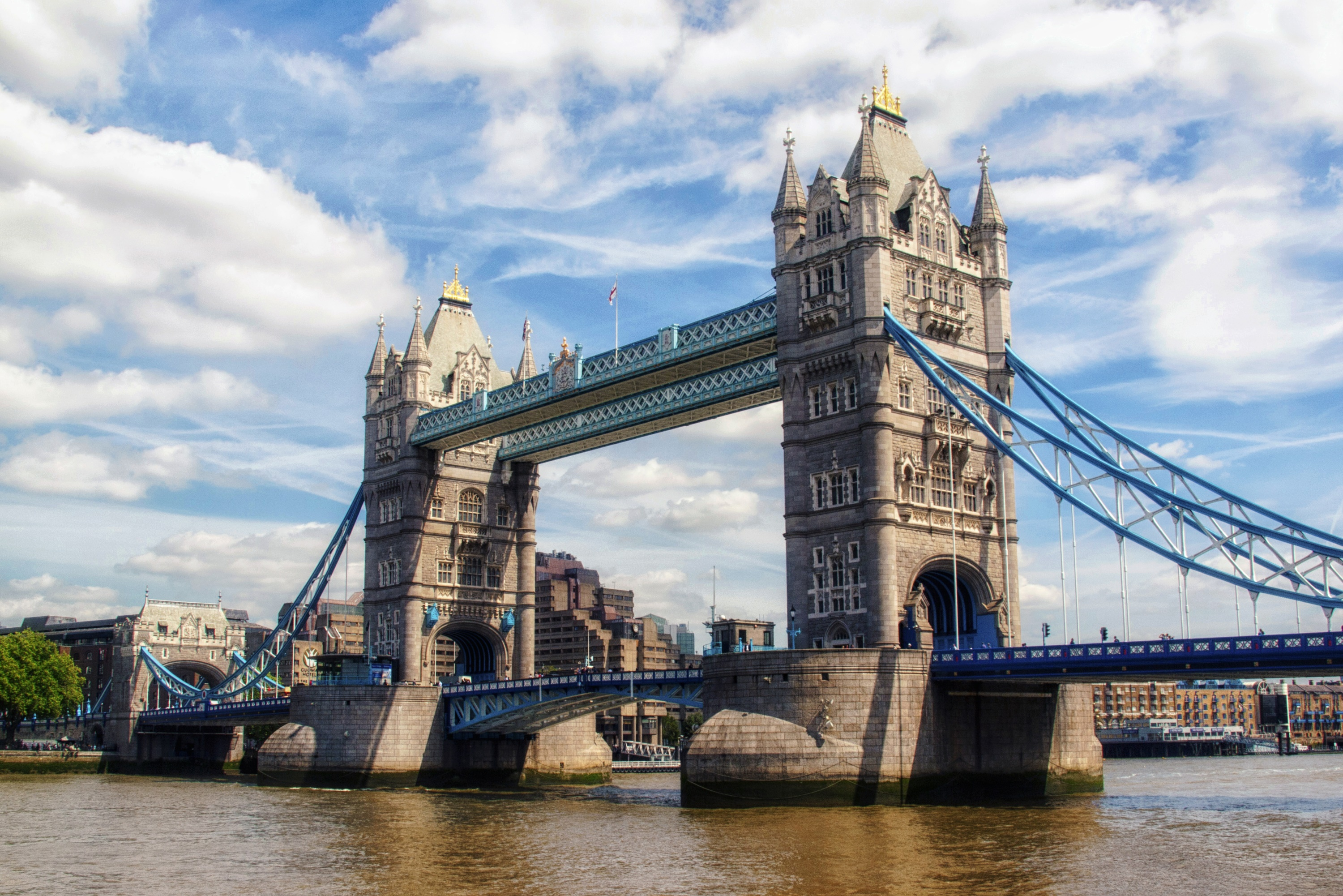 Tower Bridge, London by Kevin Poh on Flickr | CC BY 2.0